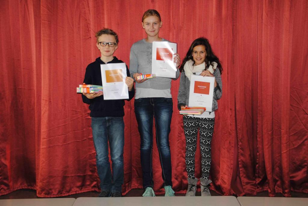 Die strahlenden Sieger, v.l.: Karl Galmbacher, Lilian Eggert und Johanna Bayer